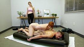 Legendary nuru massage by gorged cougar masseuse Lauren Phillips